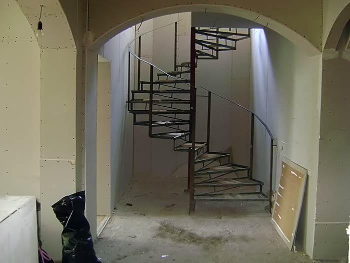 Недвижимость крыма :: 4-х этажный дом в Ялте на улице дмитри.